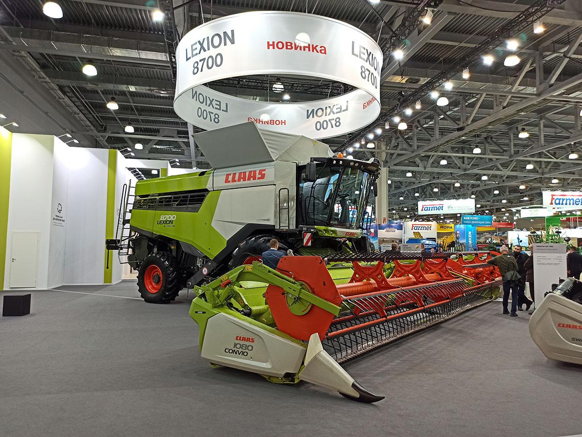 Новый зерноуборочный комбайн Claas LEXION 8700