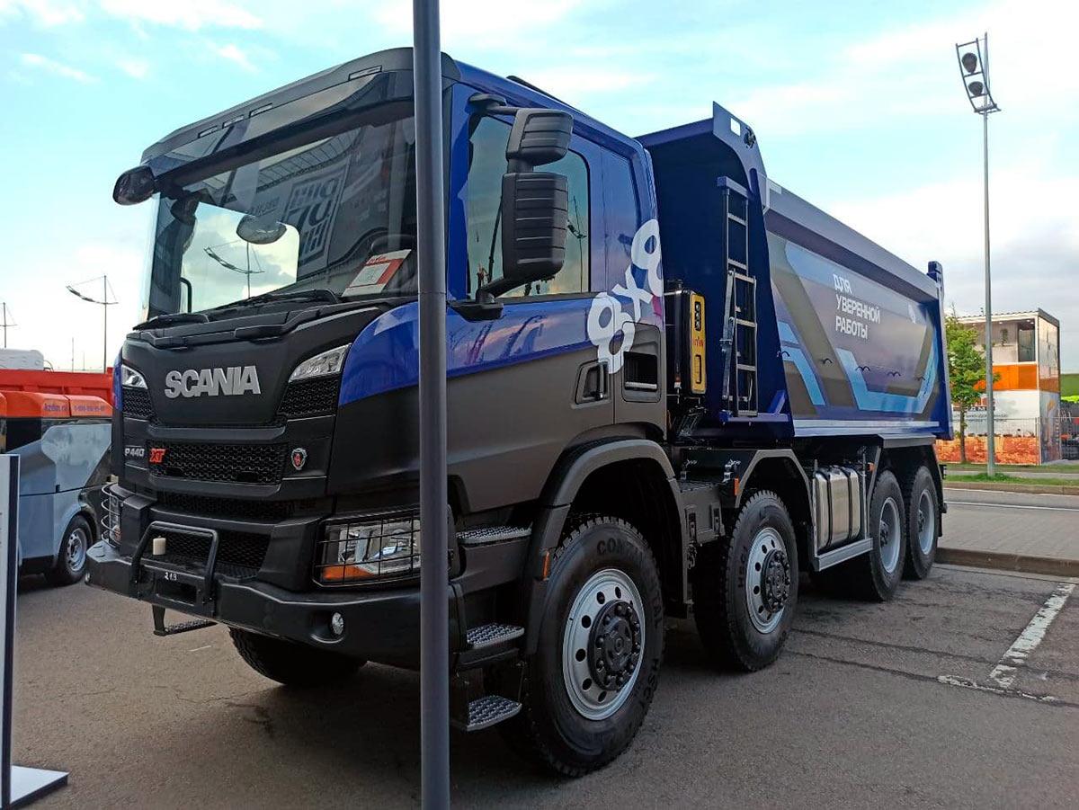 Самосвал Scania P440B8X8HZ