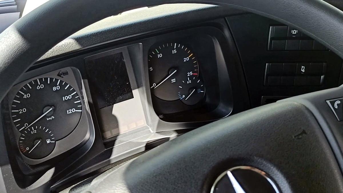 Mercedes-Benz Arocs 3345